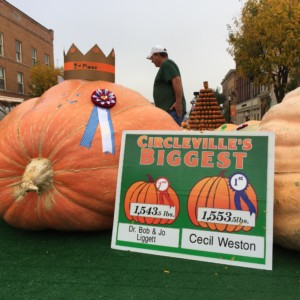 Circleville Pumpkin Show 2016 Winner Cecil Weston